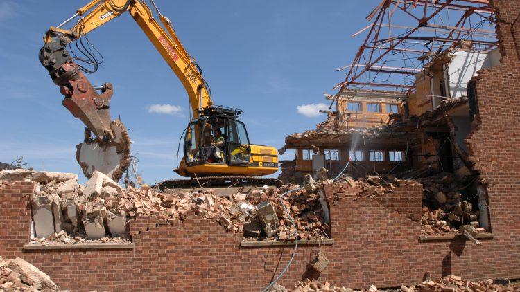Reciclagem de resíduos da construção civil: alternativa eficiente.